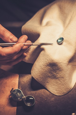 4C. Podstawowe cechy określające wartość diamentu...
